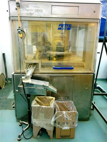 Fette Tablet Press-Model 3090